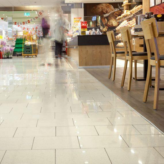 Fliesen Gewerbebereich Supermarkt