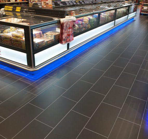 Rewe Langenfeld: Rüttelboden für den Ladenbau