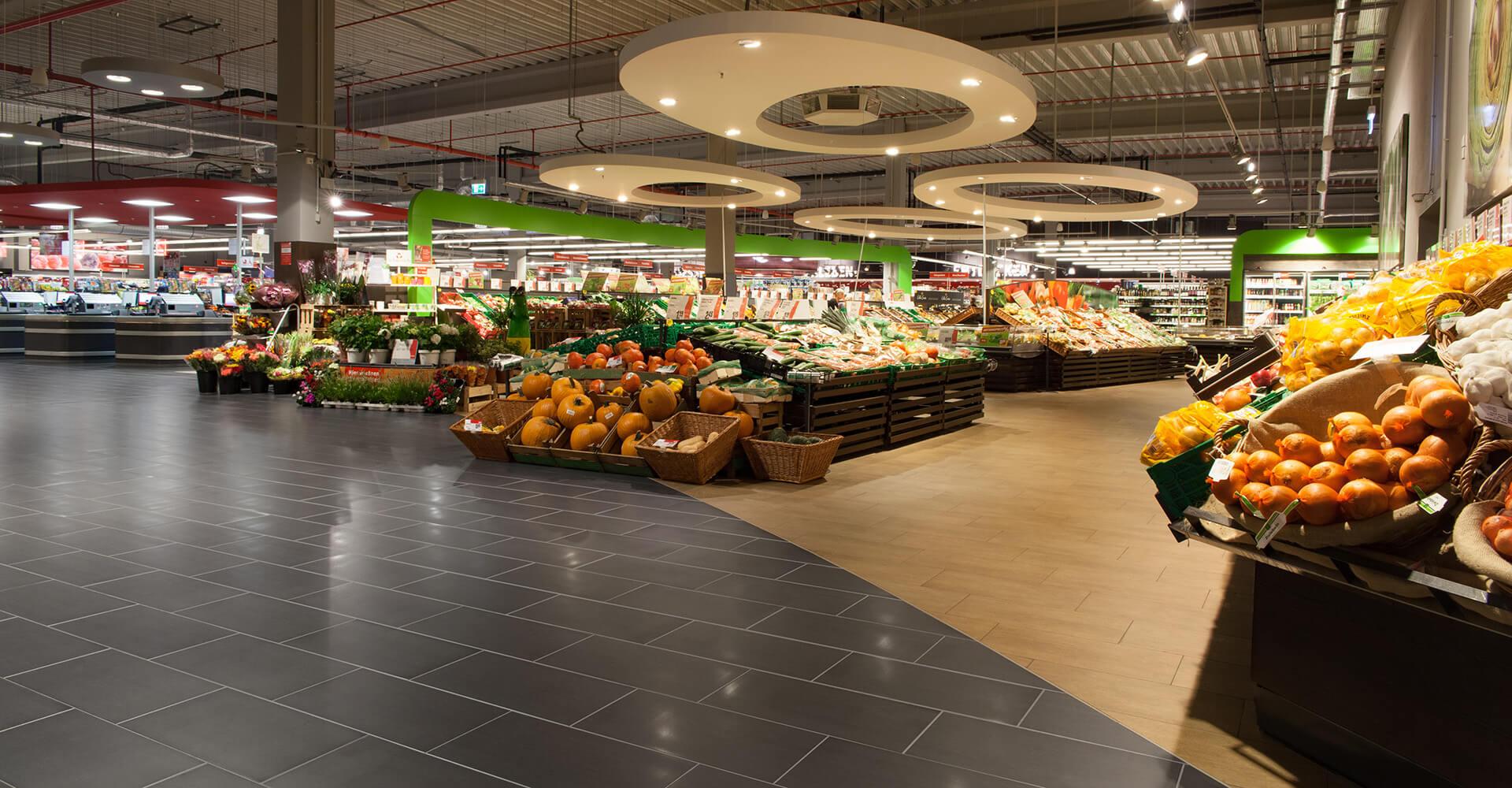 Reinigung Rüttelfliesen Supermarkt Rewe Topgres