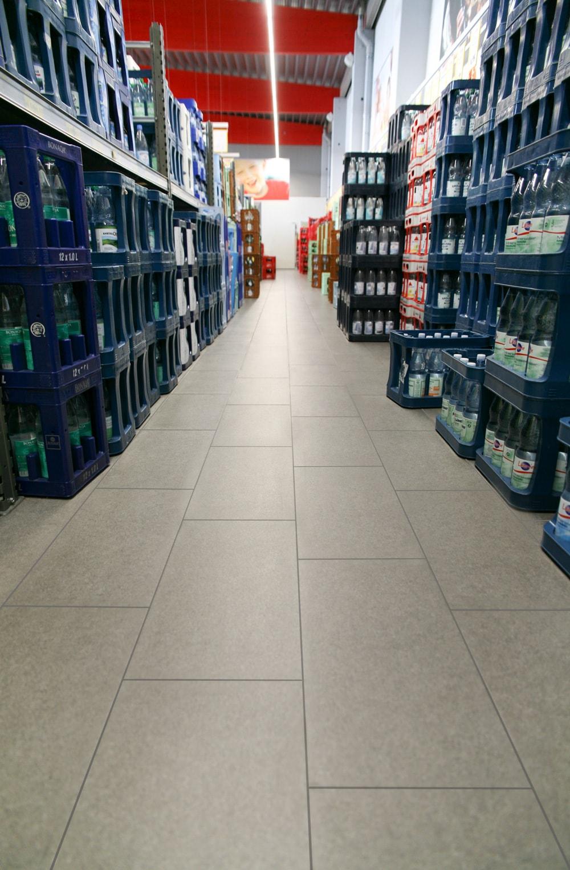 Rutschfeste Fliesen im trinkgut Nettettal – Topgres Referenzen